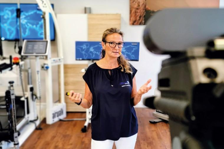 Sabine Lamprecht beim Webinar