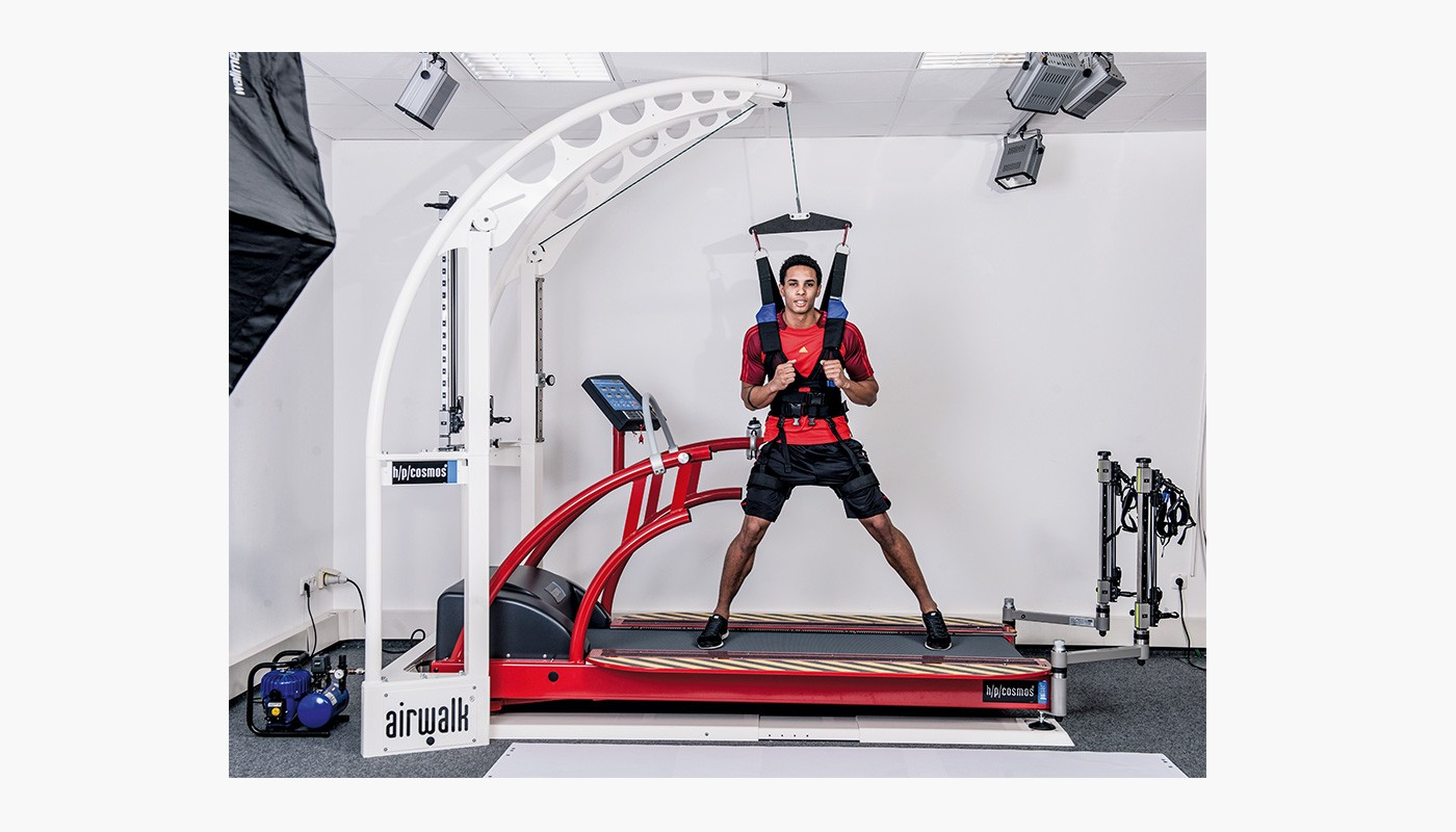 h/p/cosmos un-weighting system airwalk ap for training, diagnostic & Rehabilitation